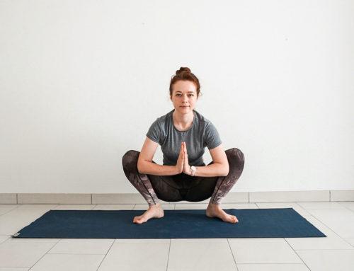 50 min Beginner Yoga Slow Flow (Video + Printable PDF)
