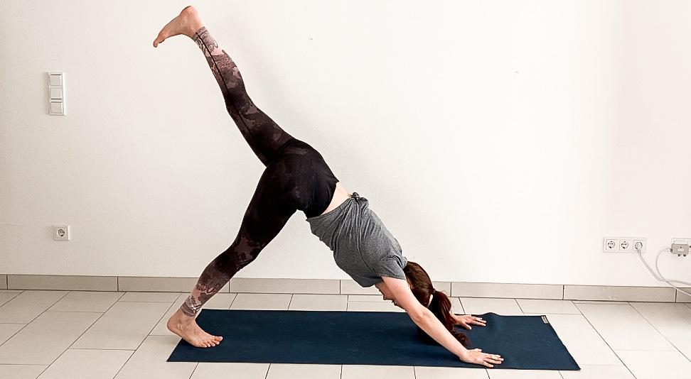 yoga poses for beginners - down dog split