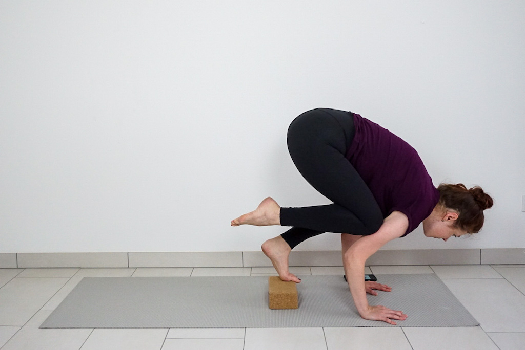 crow pose for beginners how to