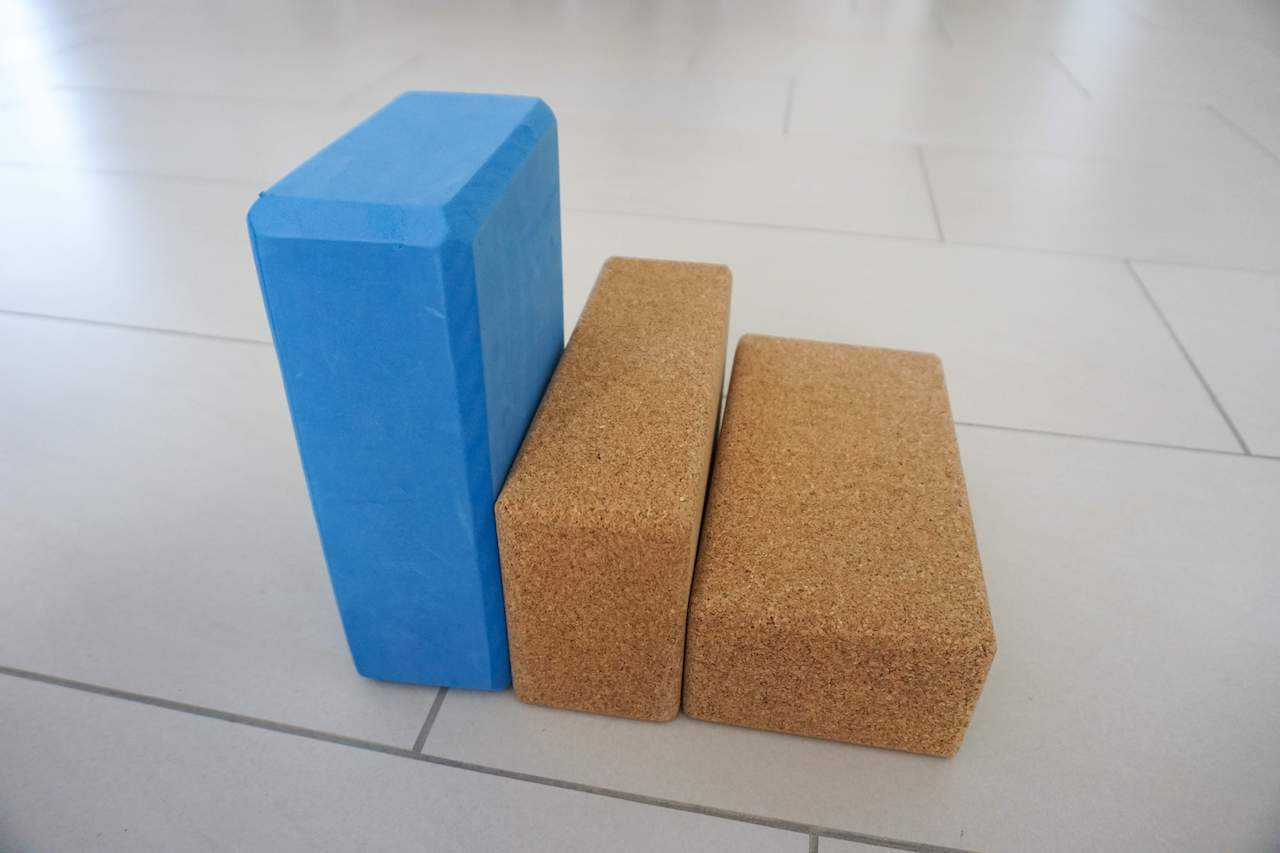 how to use yoga blocks in different setting