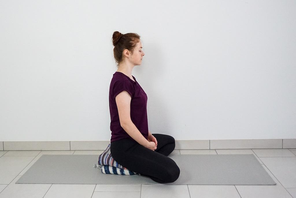 yoga blanket for meditation