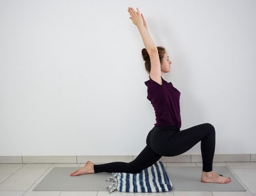 10 Ways  To Use A Yoga Blanket