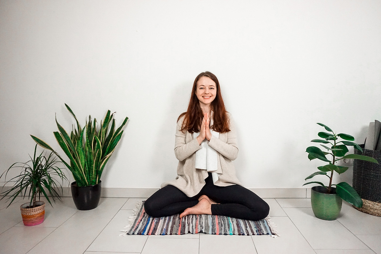 yoga with uliana chaikovska online